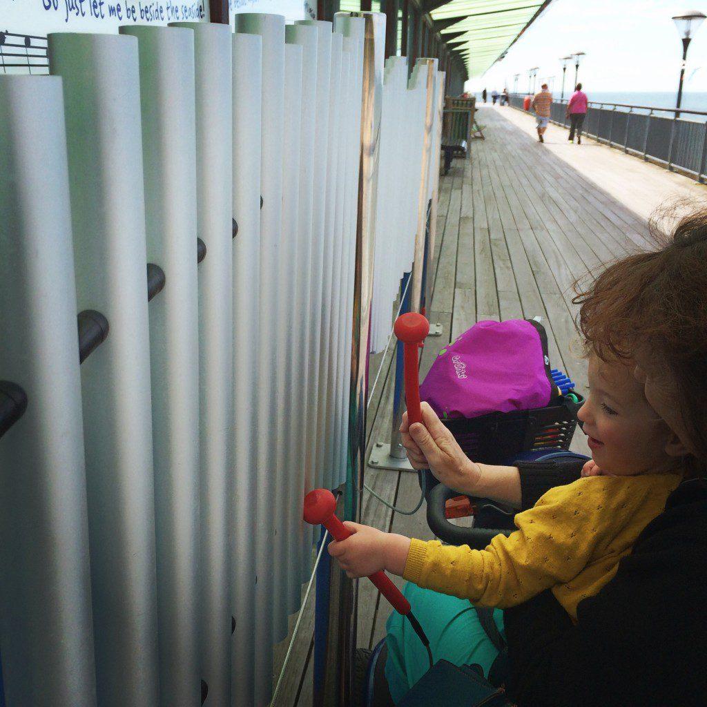 Trunki on the pier