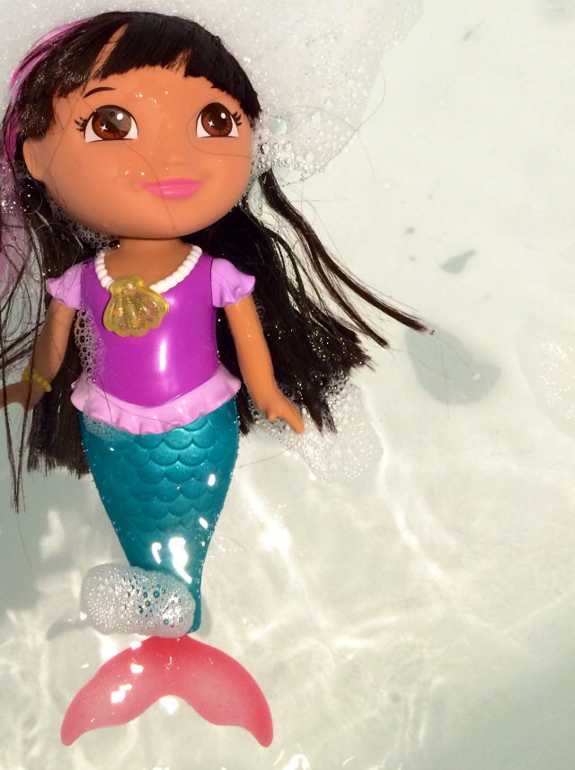 Review of Dora the Explorer swimming mermaid bath doll toy