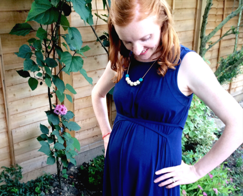Isabella Oliver review - perfect summer maternity dress