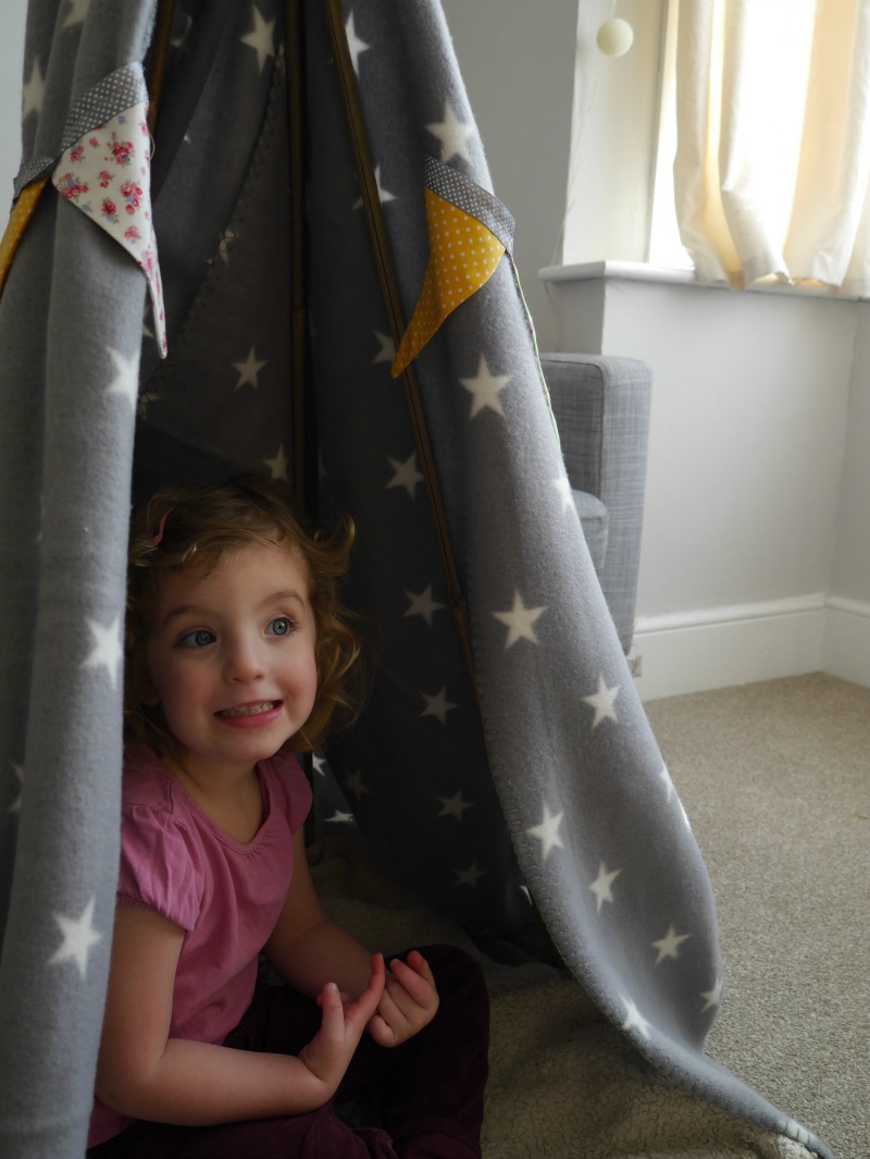 Making an easy blanket tent