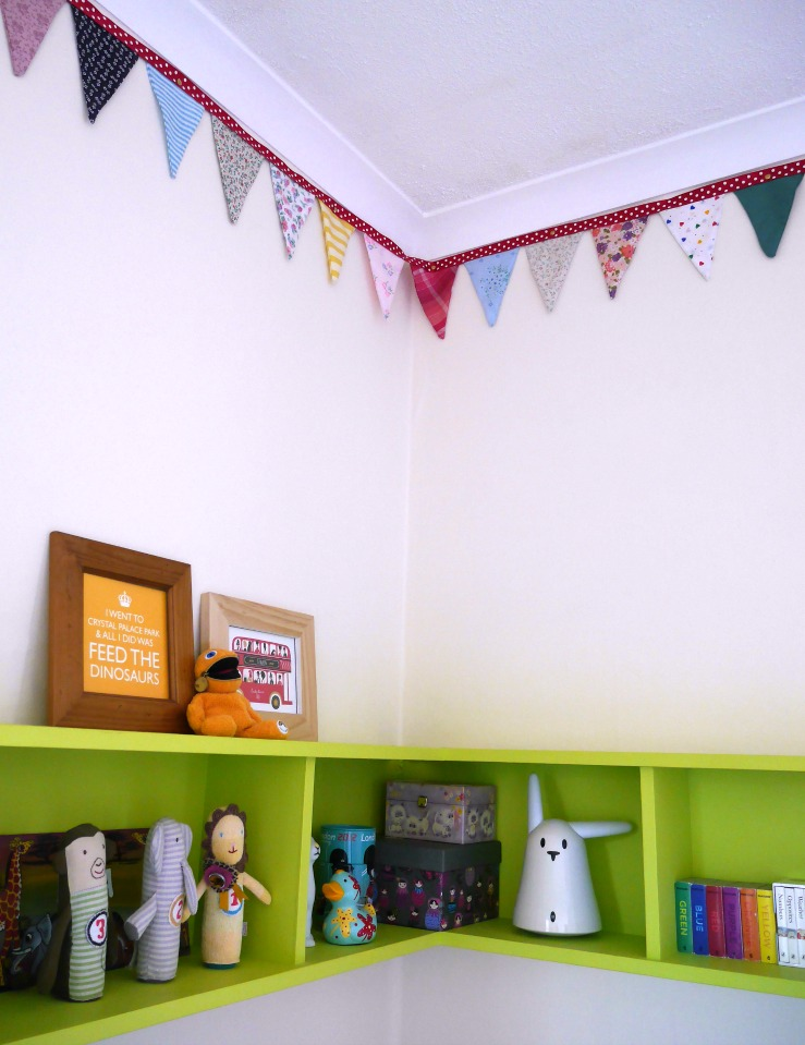 Toddler shelves and bunting - colourful and eclectic toddler room tour