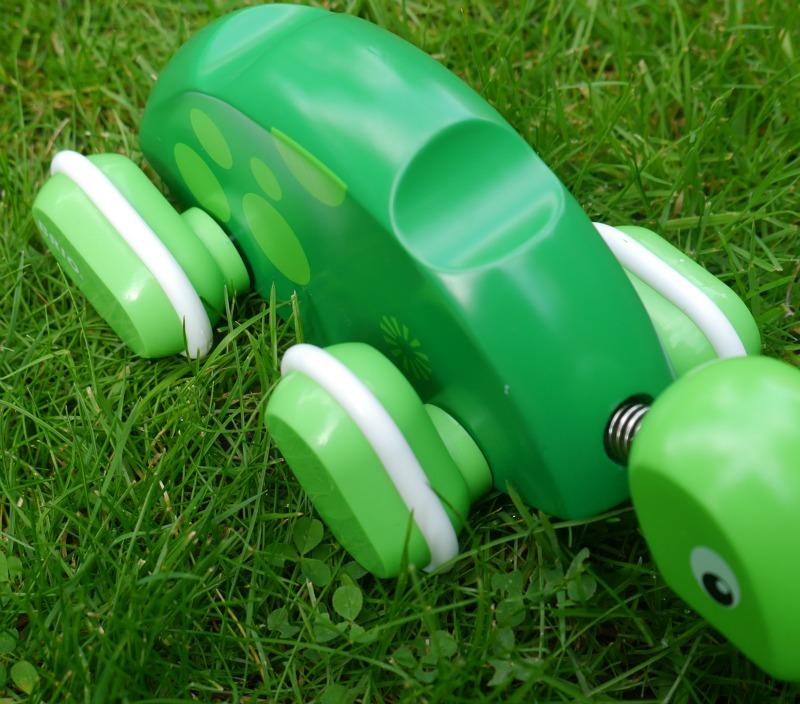 Brio push along turtle toy