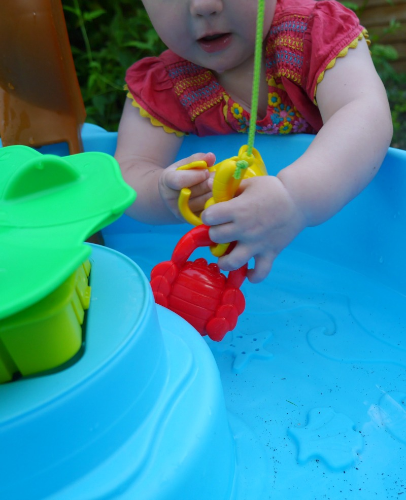 Children's water play table review