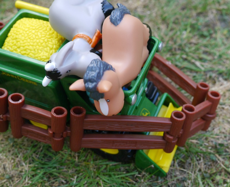Tomy tractor playset