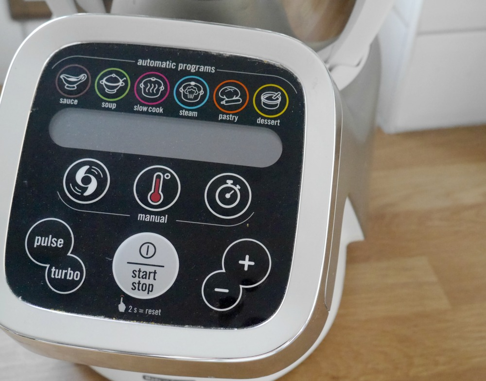TEfal Cuisine Companion review - close-up image of size of the kitchen gadget