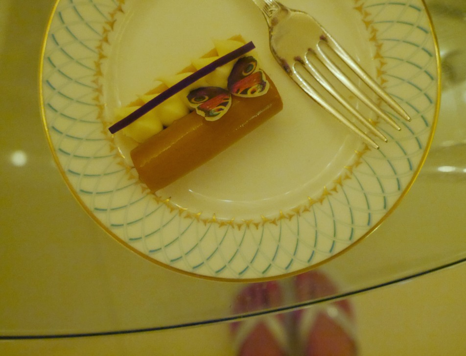 Afternoon tea and cake at The Dorchester