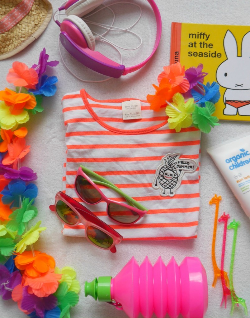 Five essnetial summer holiday items