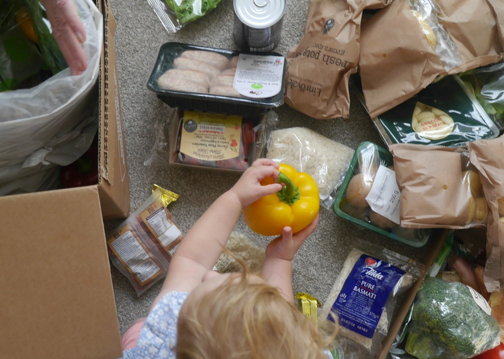 HelloFresh review - opening the food box