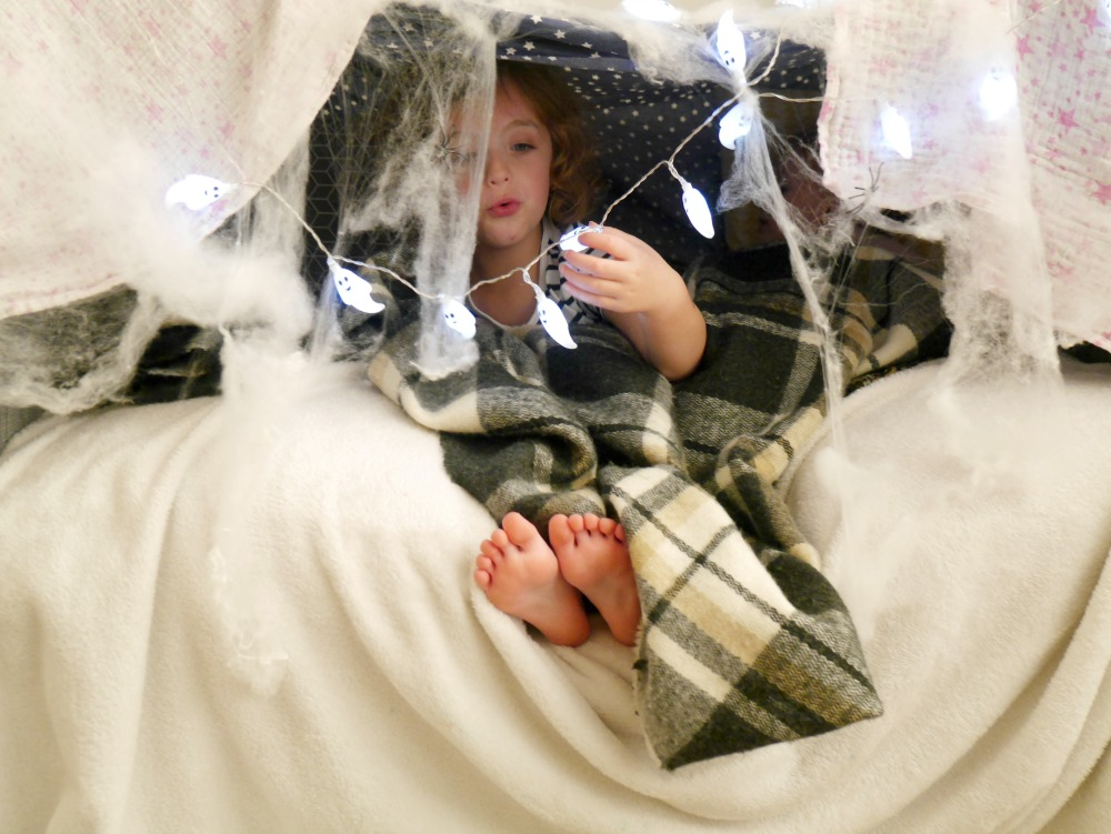 How ot make a Halloween-themed sofa den for small children
