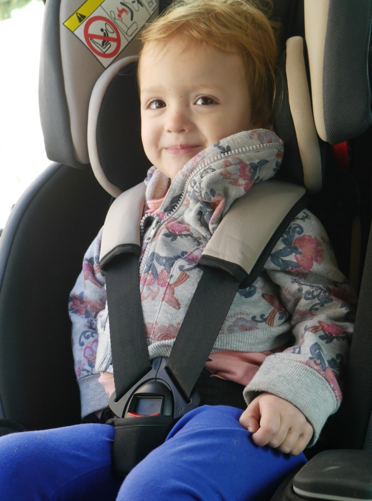Graco Milestone review - 3 in 1 convertible car seat for children