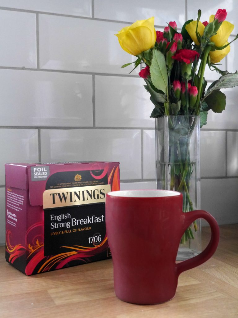 Twinings English Strong Breakfast tea and the forget-tea-not mug