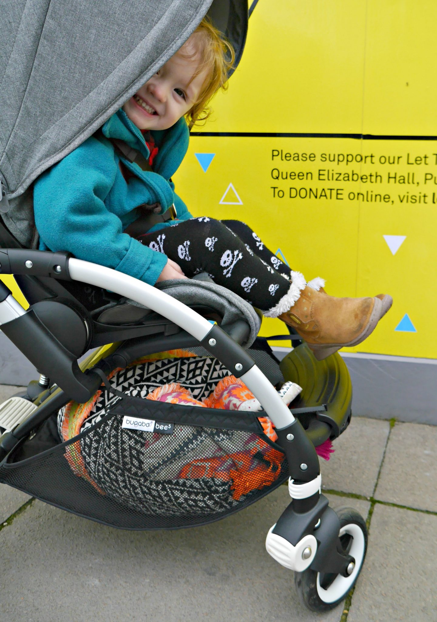 Bugaboo Bee 5 - a lightweight city pram that's small and easy to carry