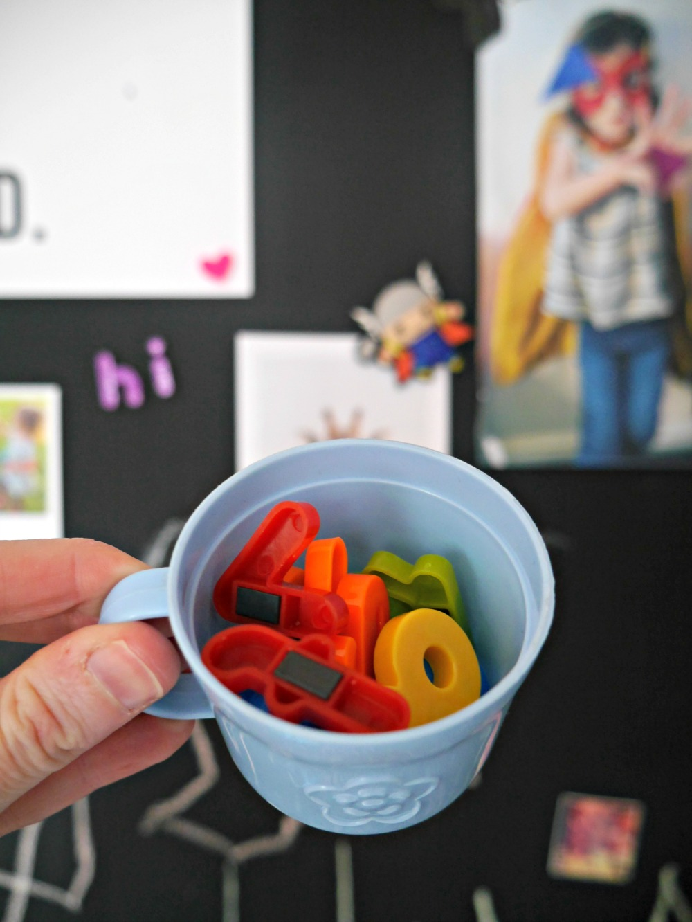 How to make a magnetic chalkboard wall for children's rooms - alphabet letters