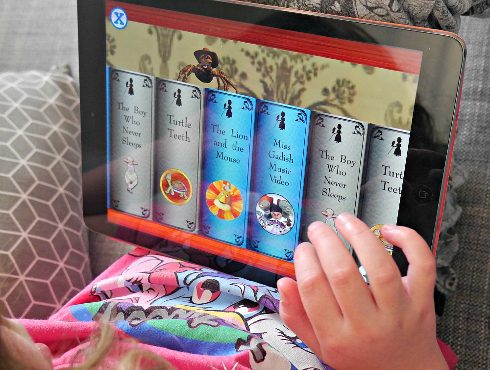 Bookshelf in The Library of Miss Gadish interactive reading app for children
