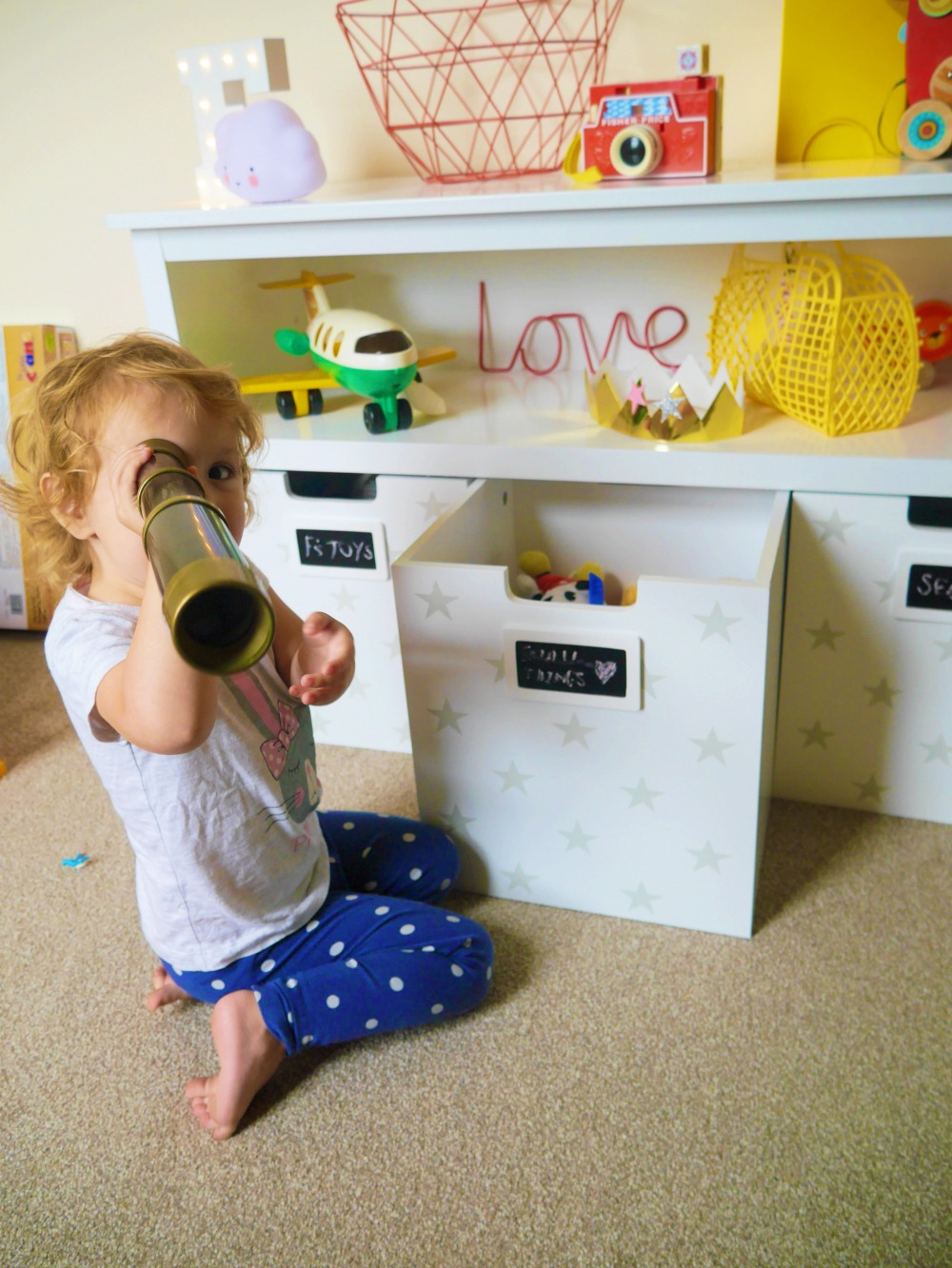 Great Little Trading Company Easy Reach Storage - toy telescope