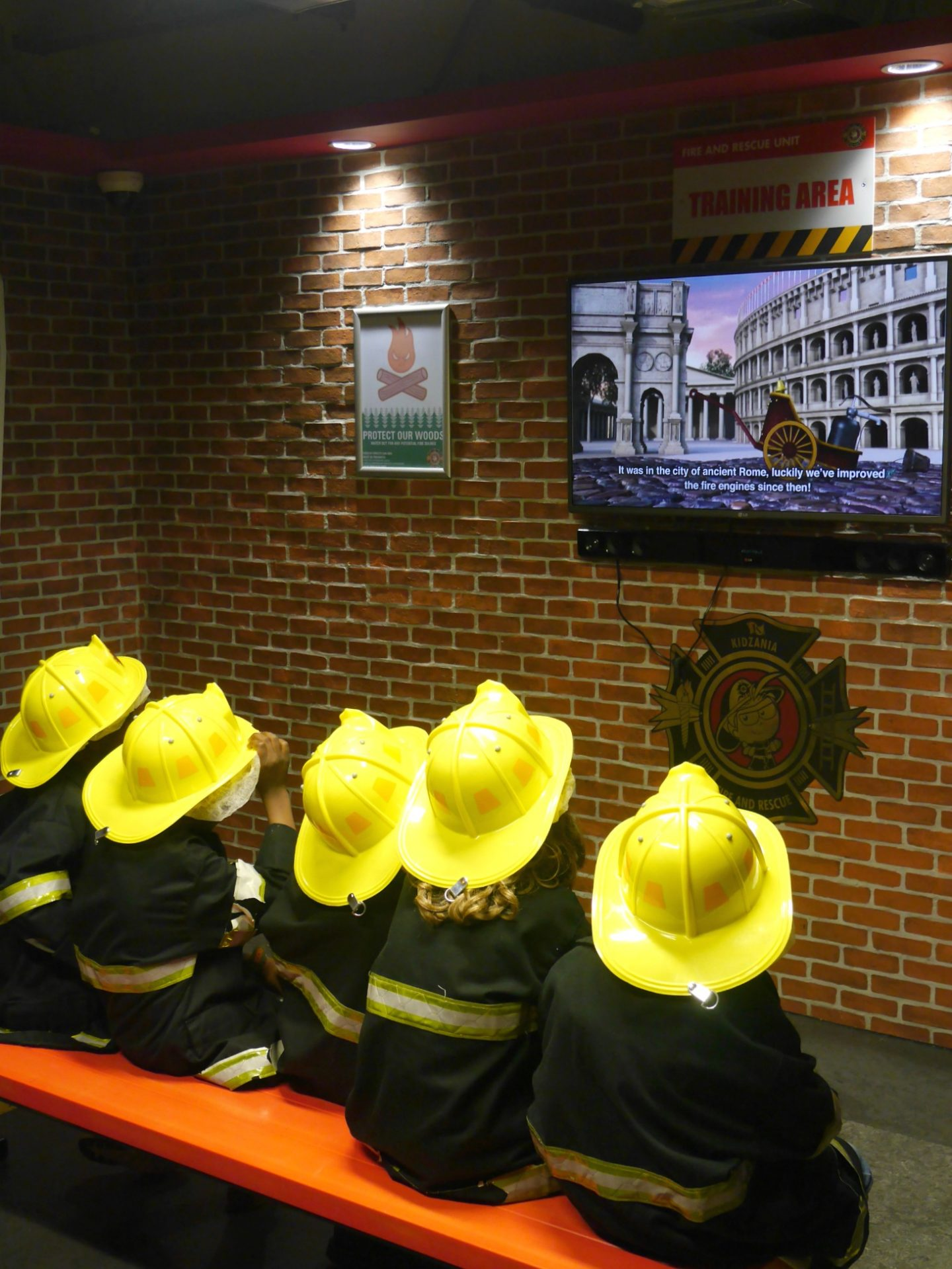 Kidzania London review - being firemen