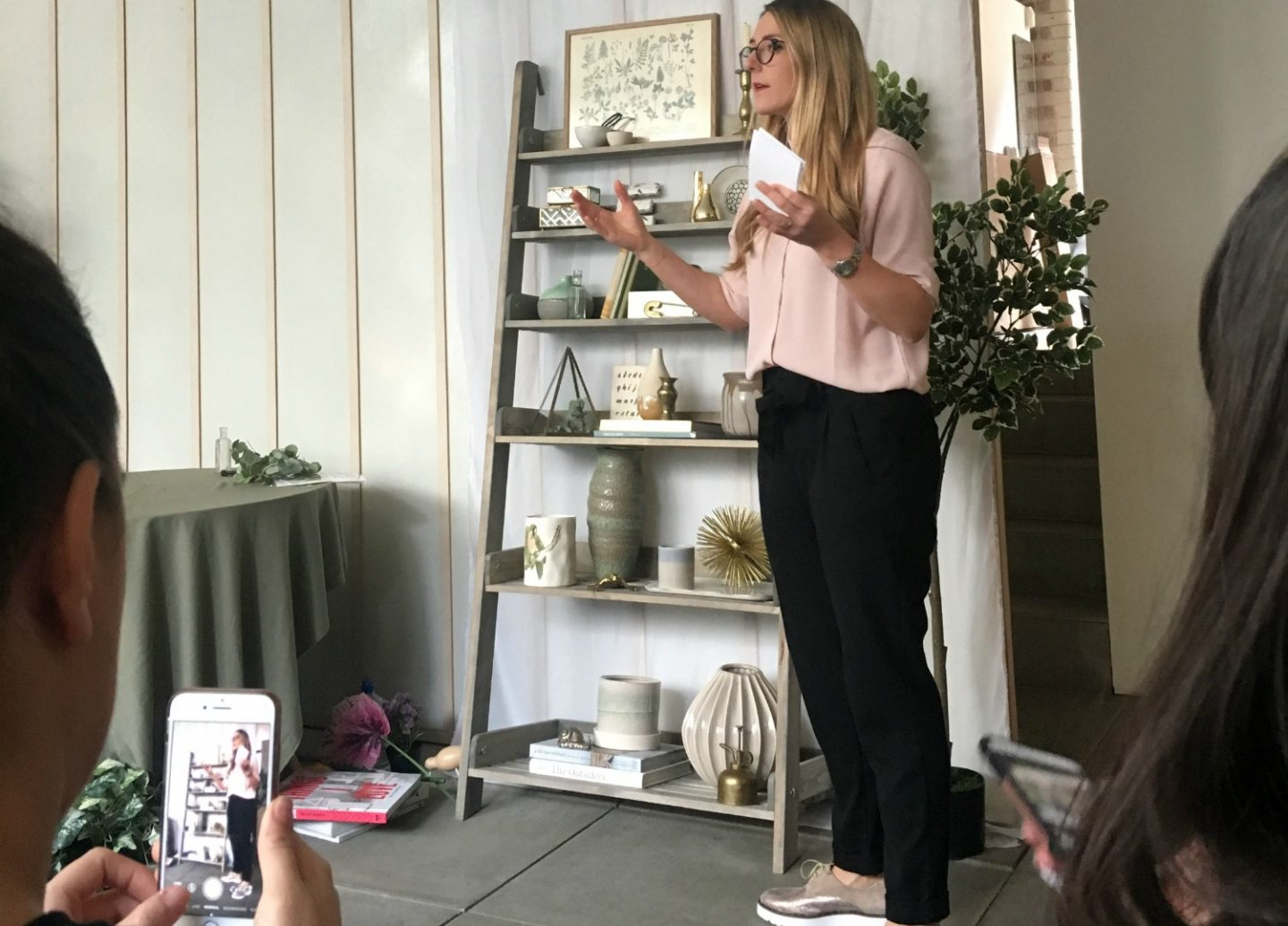 How to style a bookcase - home styling tips