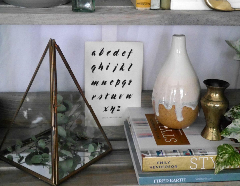 Bookshelf styling tips for spring