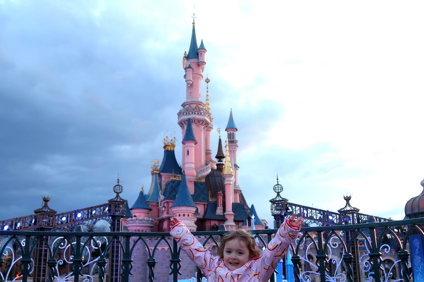 Disneyland Paris trip - tips for visiting and the castle