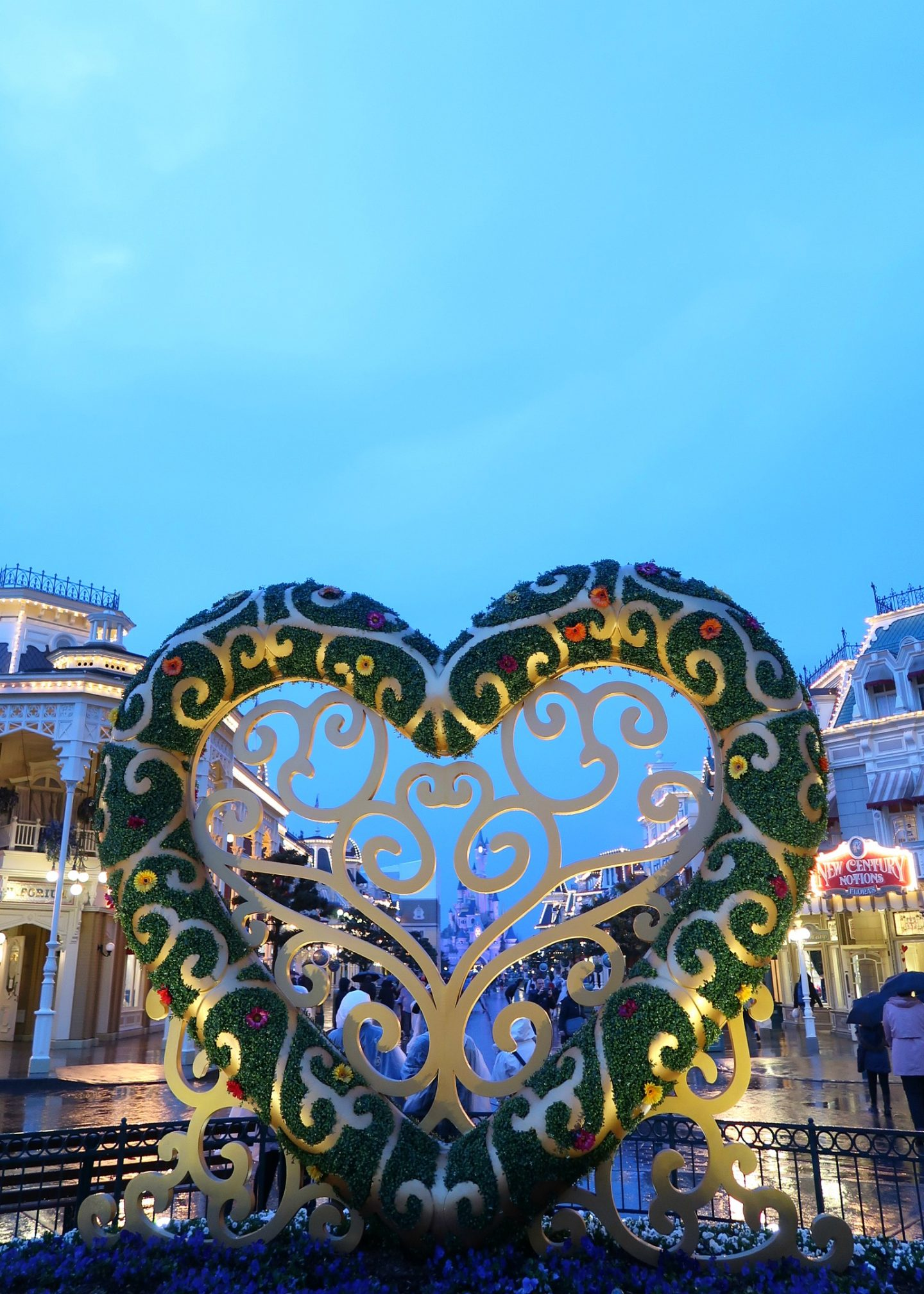 Disneyland Paris trip tips for children