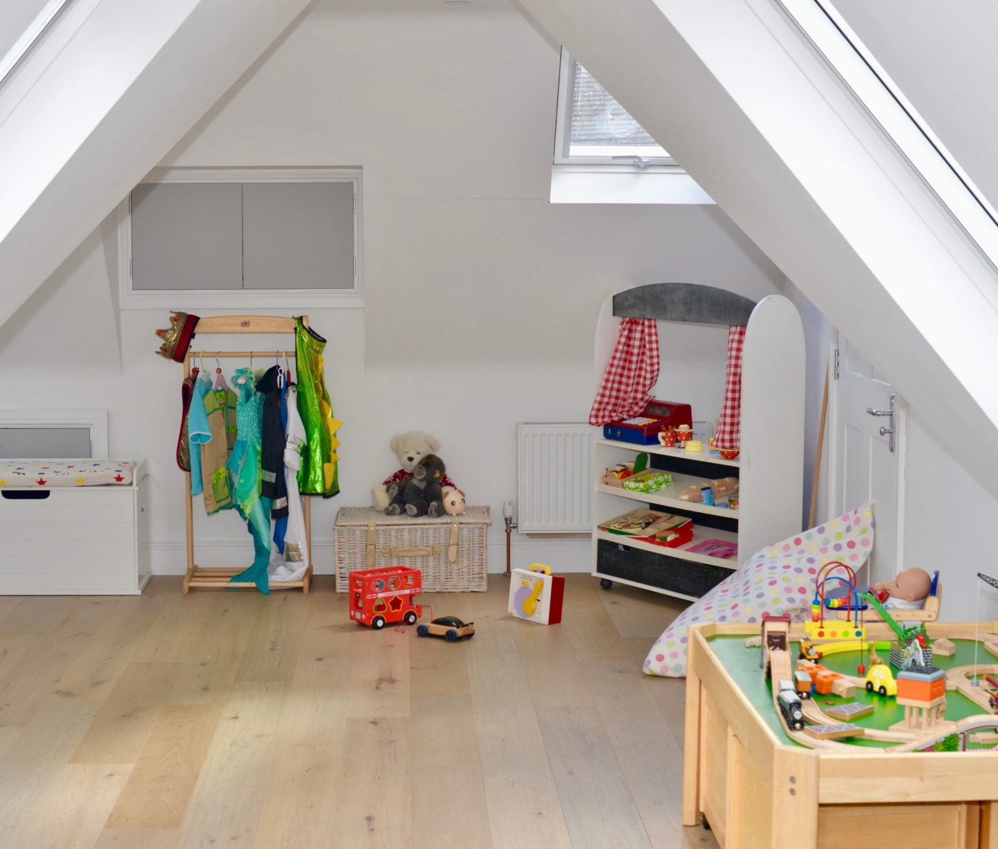 How to use VELUX roof windows in a loft extension to create a children's playroom