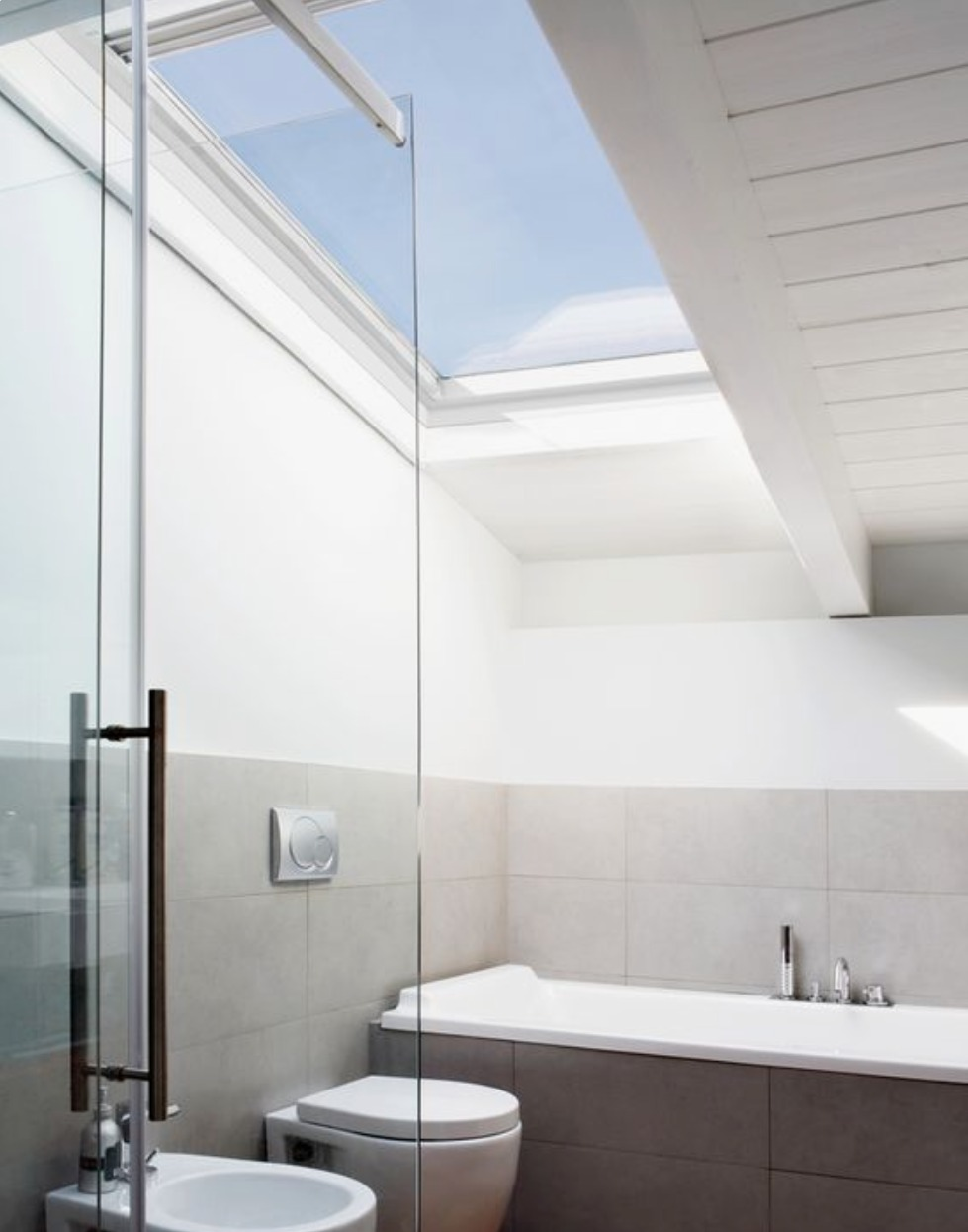 Loft conversion tips - how to use VELUX roof windows in a bathroom extension to create a bright family space