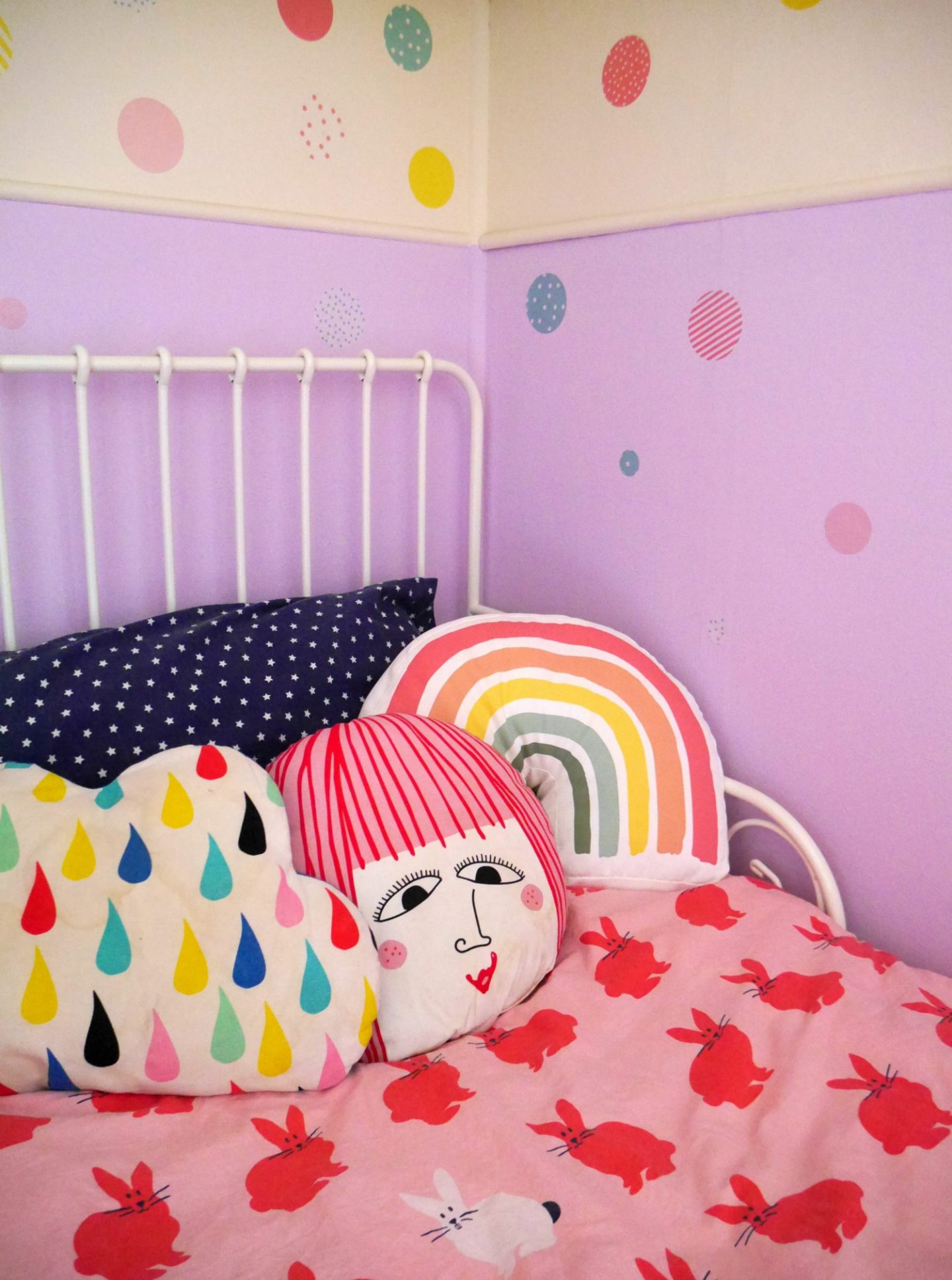 Lavender wall - painting sections of a wall in colourful children's bedrooms