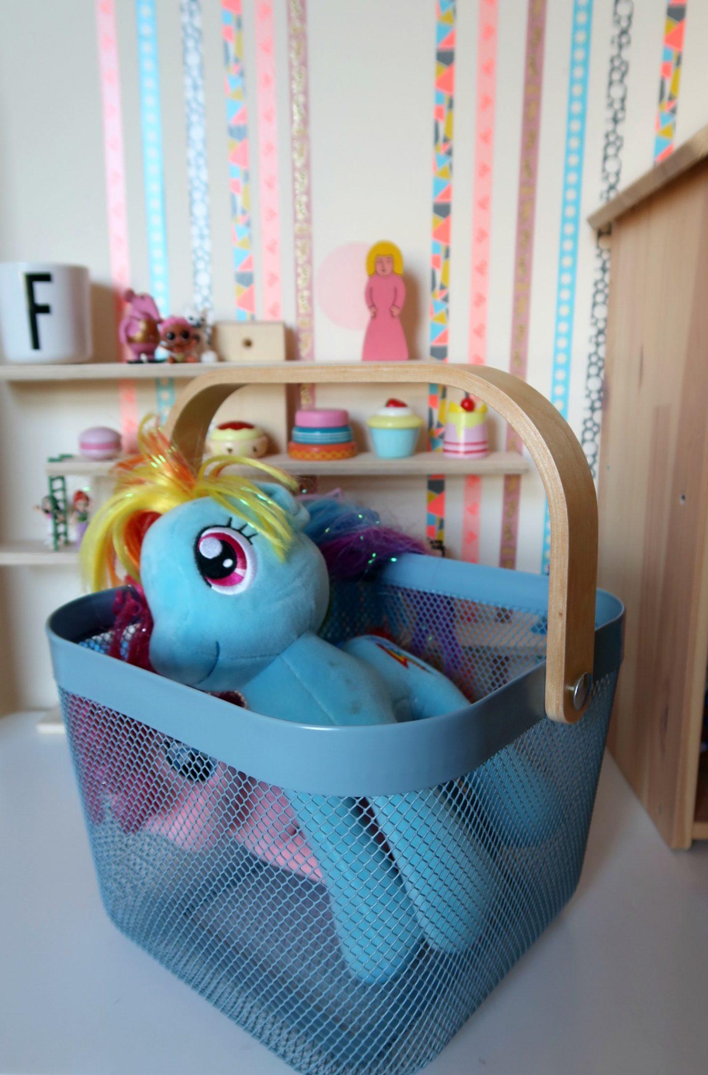 Kids storage hacks - IKEA Risatorp basket