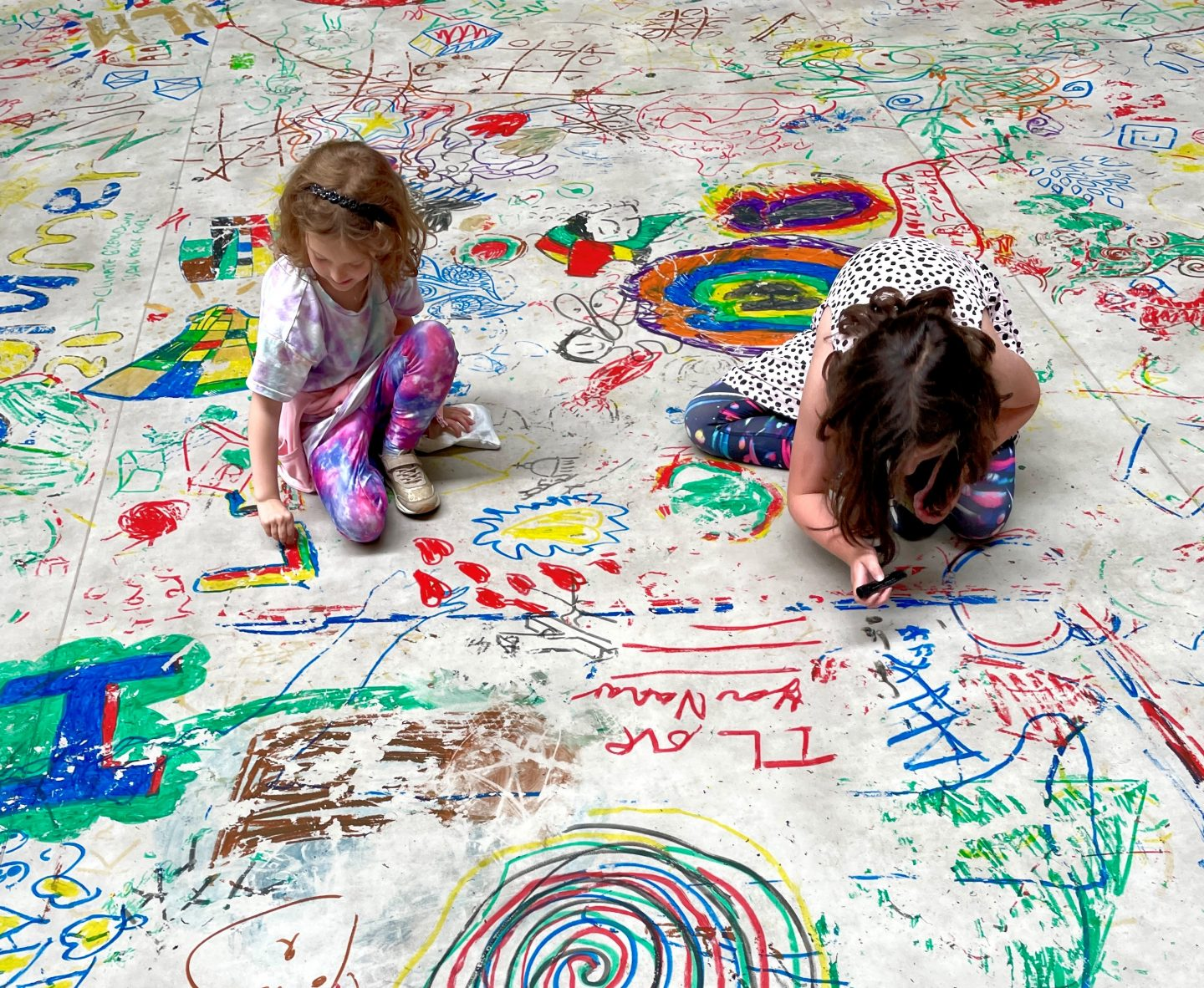 Drawing with kids at Mega Please Draw Freely at the Tate